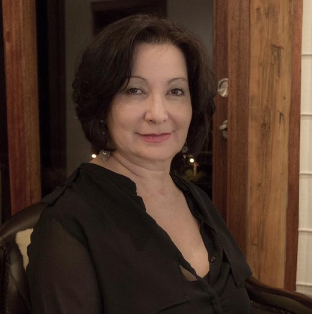Luz Elena Burbano
